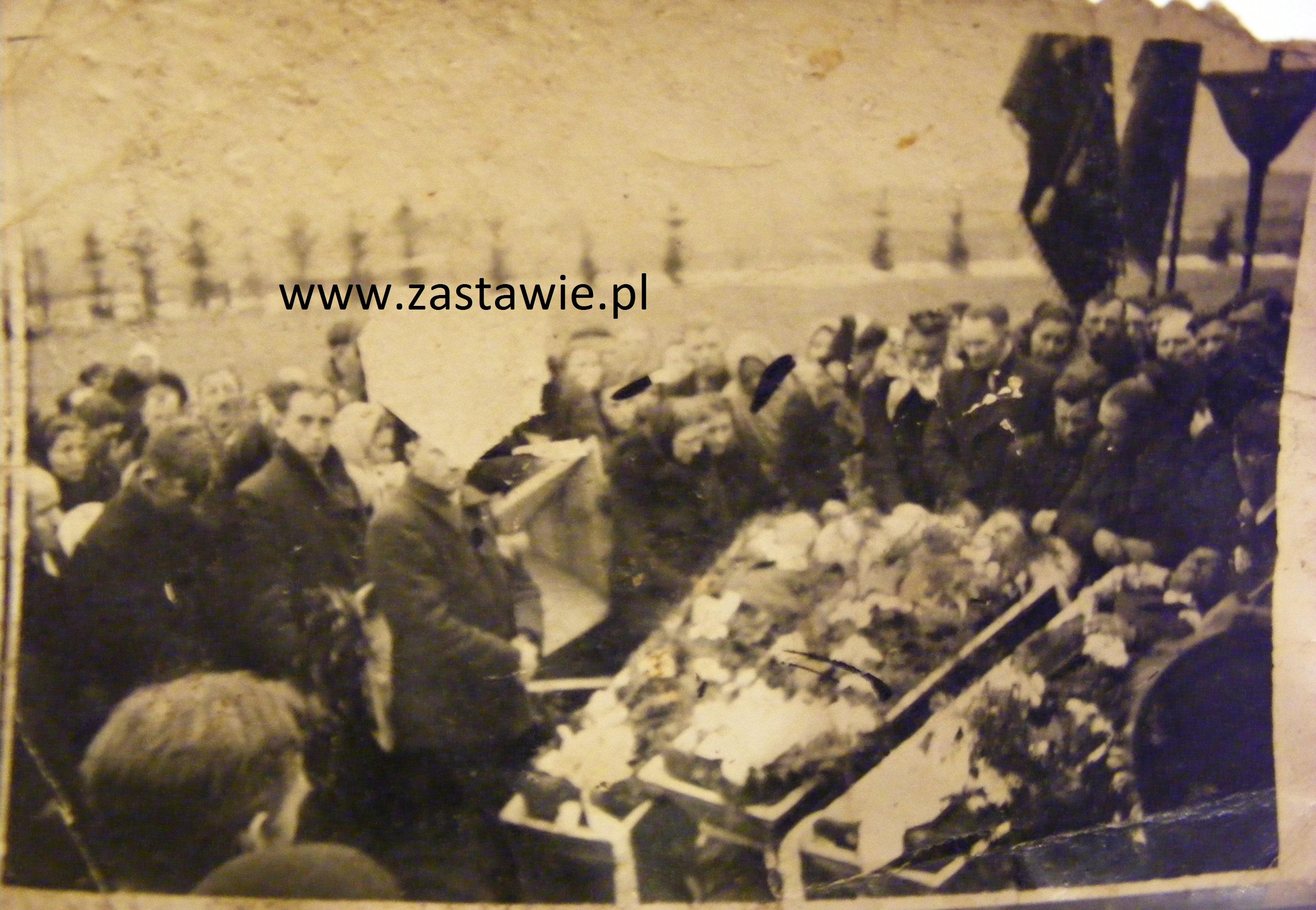 Pogrzeb partyzantów. Zdjęcie udostępniła Małgorzata Byczko