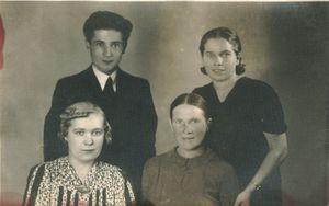 Władysław, Bronisława, Stanisława, Katarzyna Fijałowie