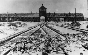 http://www.polskieradio.pl/39/156/Artykul/1002594,Drugi-proces-oswiecimski-%E2%80%93-zaloga-AuschwitzBirkenau-przed-sadem