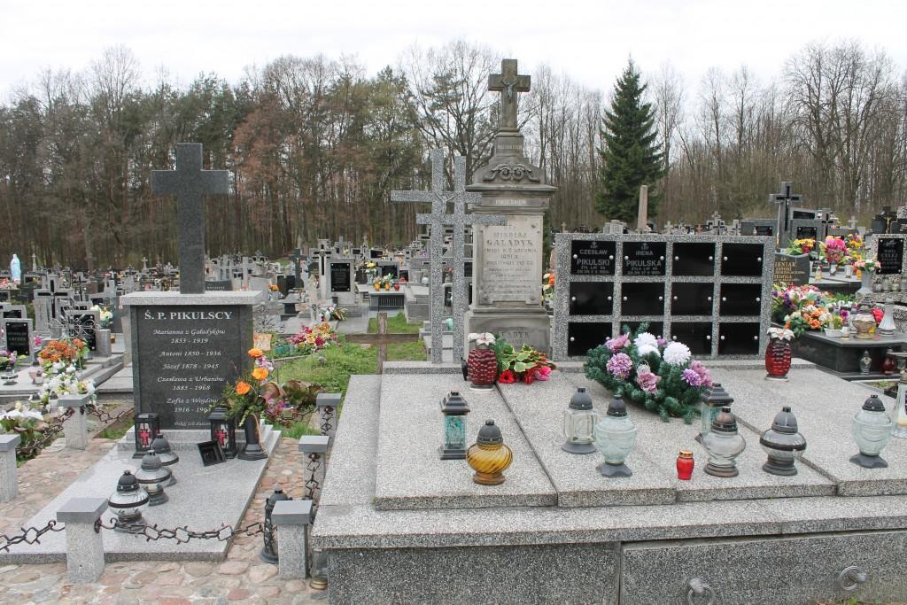Grobowiec Gaładyków i Pikulskich w Wilczyskach